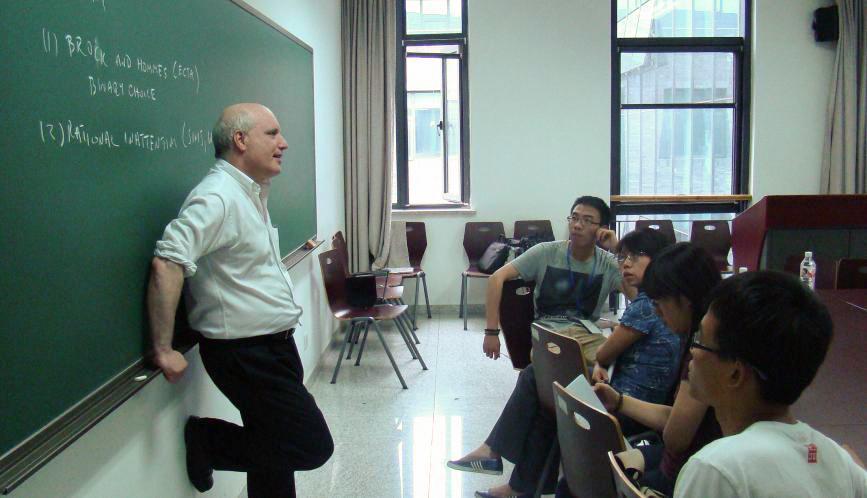Steven Durlauf teaching.