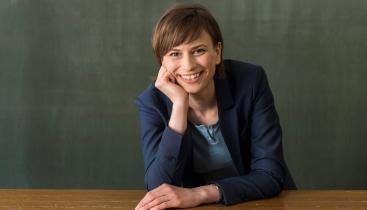 Professor Nora Szech
