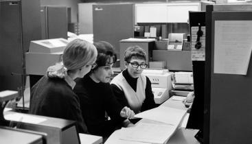 University of Chicago Photographic Archive, apf1-05499, Special Collections Research Center, University of Chicago Library.